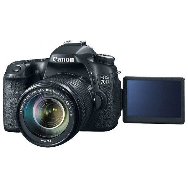 Canon EOS 70D Kit 18-135mm f/3.5-5.6 IS